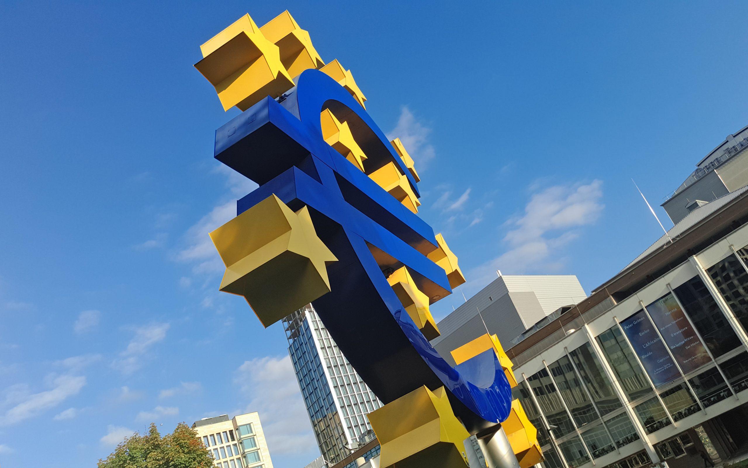 ECB uverejnila svoju prvú správu o finančnej stabilite z roku 2020
